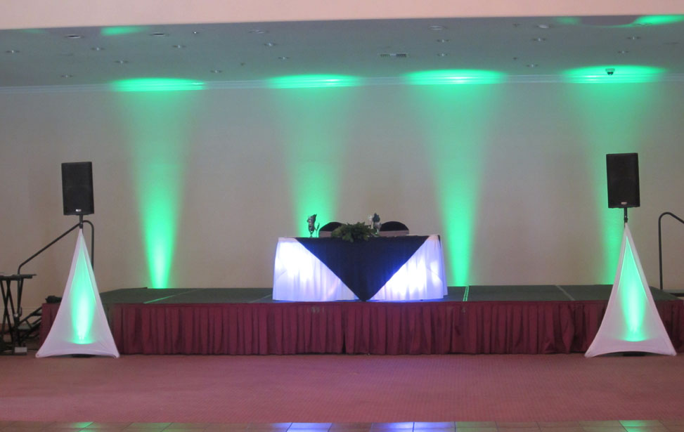 Music Mania Entertainment  (661) 618-6455 � Santa Clarita party lighting � Santa Clarita Event lighting